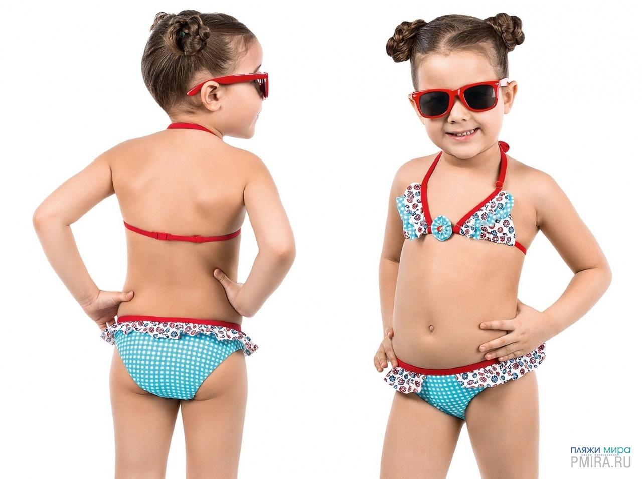 Юные девочки в купальнике 1 фотография